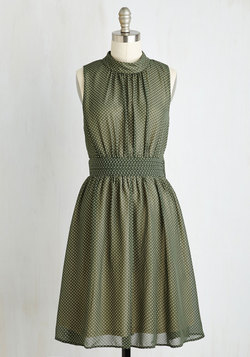 Windy City Dress in Green Dots
