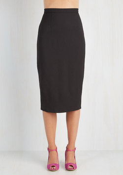 Admirable Individuality Skirt in Noir