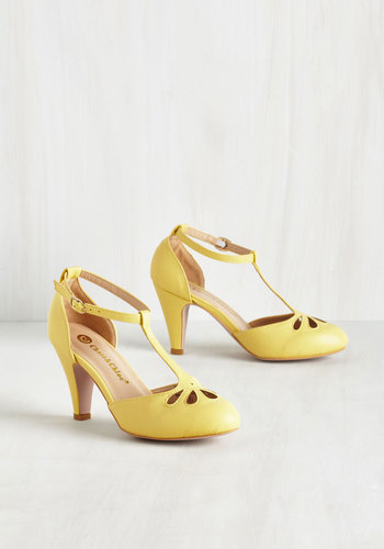 Aisle Come Running Heel in Buttercup $49.99 AT vintagedancer.com