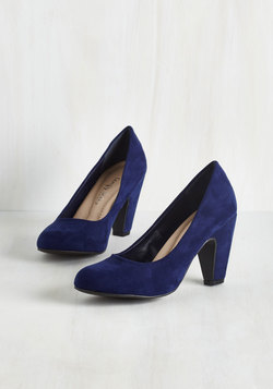 Excellence Achievement Heel in Navy