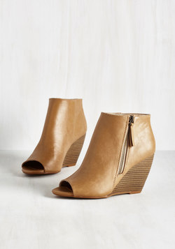 Kick and Choose Bootie in Tan