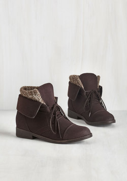 Flair for Layers Boot