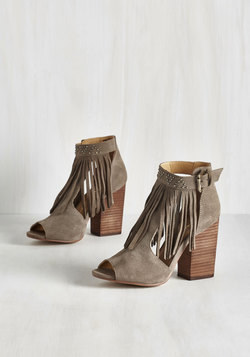 Frilled to the Brim Heel