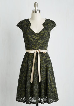 Sweet Staple Dress in Moss