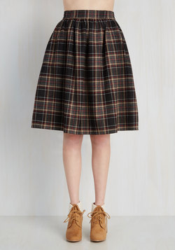 Saturday Sojourn Skirt in Plaid
