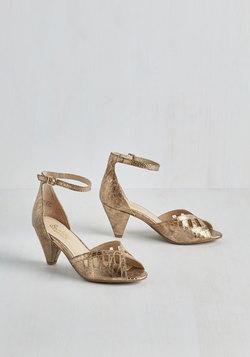 Astonish Heel in Bronze
