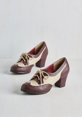 Oxford Comment Heel in Maroon $73.99 AT vintagedancer.com