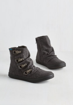 Hustle and Buckle Bootie in Charcoal