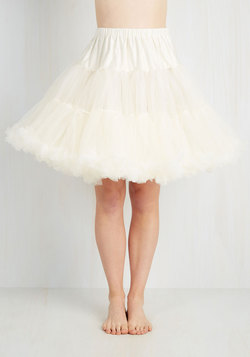 Va Va Voluminous Petticoat in Ivory - Short