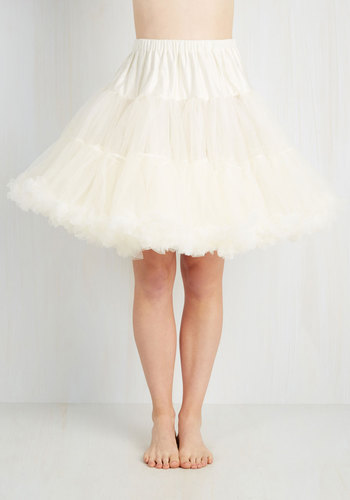 Va Va Voluminous Petticoat in Ivory - Short $52.99 AT vintagedancer.com