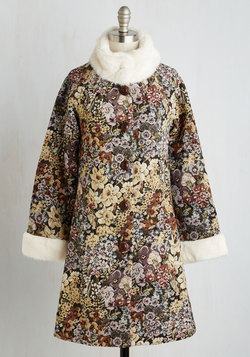 Distinguished Quest Coat in Floral Tapestry