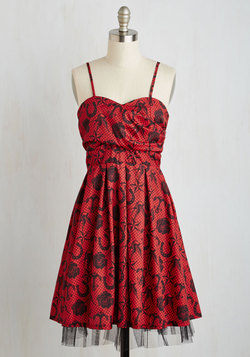 Gallant Gusto Dress in Tattoo