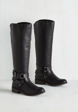 Hello, Good Bayou Boot in Black