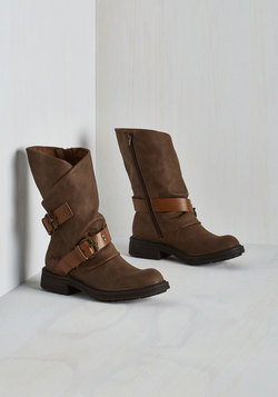 Tricks of the Travel Boot in Brown