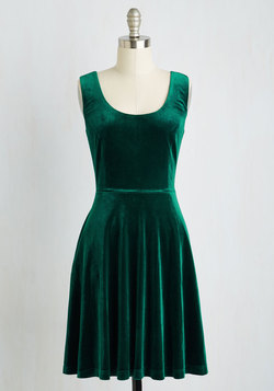 Zesty Festivities Dress in Emerald