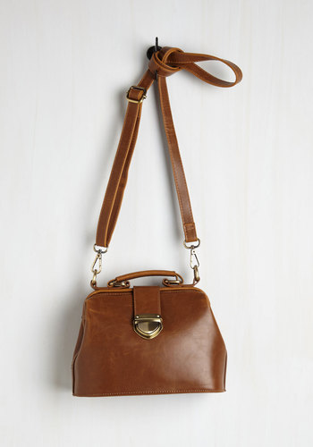 Enroll With It Bag in Chestnut