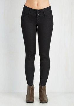 Seamingly So Pants in Black