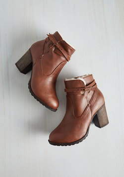Oregon Trailblazer Bootie in Cognac