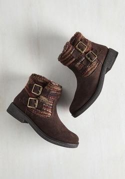 Terrain Attraction Boot