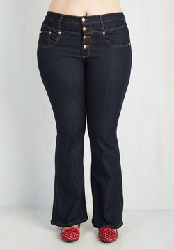 Karaoke Songstress Jeans in Flared - 1X-3X