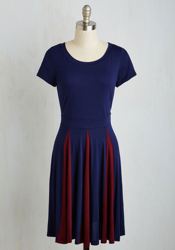 Contrast But Not Least Dress - Blue, Red, Solid, Casual, Colorblocking, A-line, Short Sleeves, Fall, Knit, Good, Mid-length, Jersey