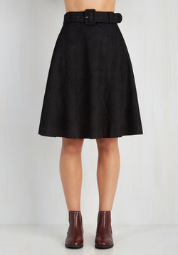 Flirty Foundation Skirt in Black