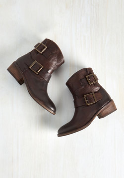 Castanets Boot