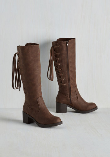 Recently Retro Boot in Brown