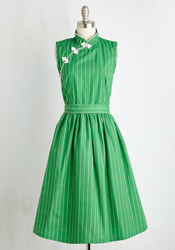 Biographical Book Club Dress in Shamrock