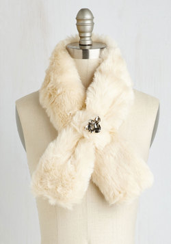 Wrapped in Winsome Stole in Ivory