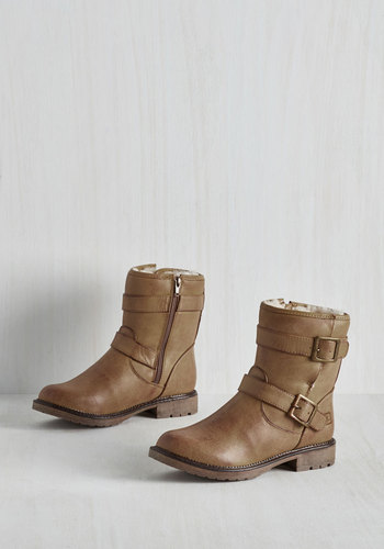 Fearless Footing Boot in Cappuccino