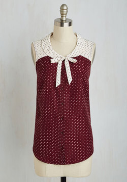 Fashionably Elate Top in Burgundy
