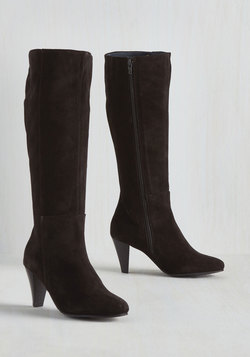 Bloodstone Boot in Black