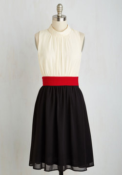 Windy City Dress in Colorblocks