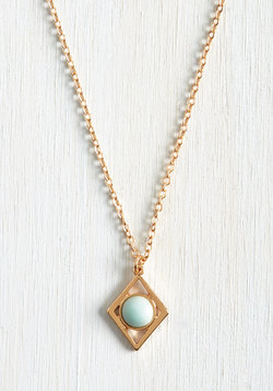 Maven of Minimalism Necklace