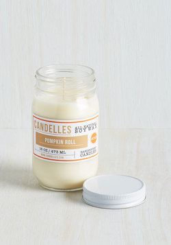 Take Scent-er Stage Candle in Pumpkin Roll