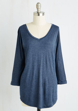 The Relax of Life Top in Navy