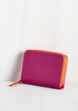 Coin the Club Change Purse in Magenta
