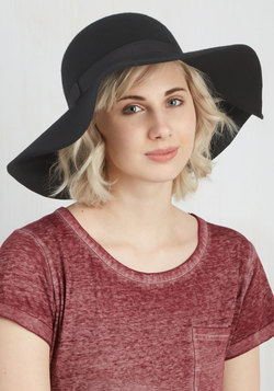 Born to be Styled Hat in Black