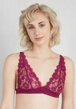 Demure Diva Bralette in Berry