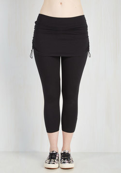 The Leisure Is Mine Athletic Leggings in Cropped