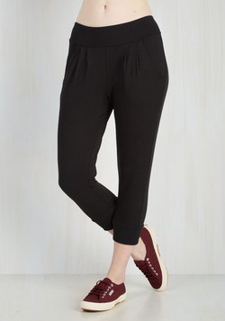 Leisure of the Pack Lounge Pants in Black