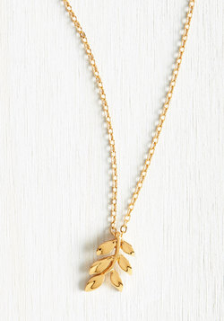 Share a Common Frond Necklace