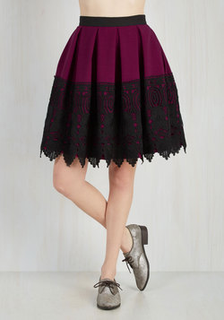 Earning Pleat Cred Skirt