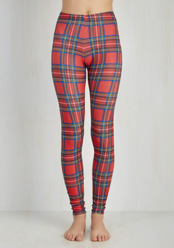 Refined Line Leggings in Red
