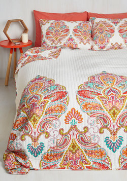 Sprightly Sights Quilt Set in Full/Queen