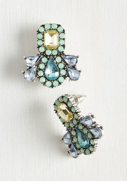 Fascinating Curation Earrings