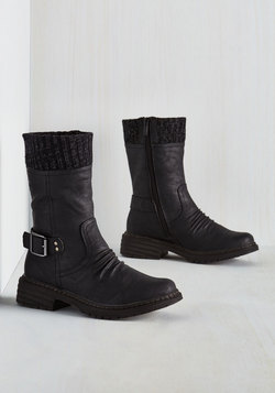 Cuff Around the Edges Boot in Black