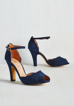 Scallop Your Alley Heel in Navy