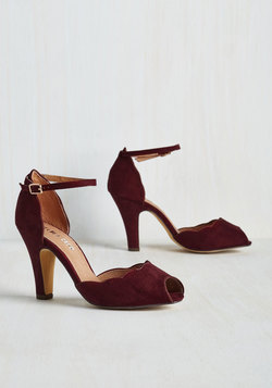 Scallop Your Alley Heel in Maroon